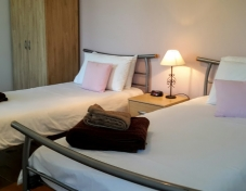 Twin bedroom with en suite (balcony off en suite)